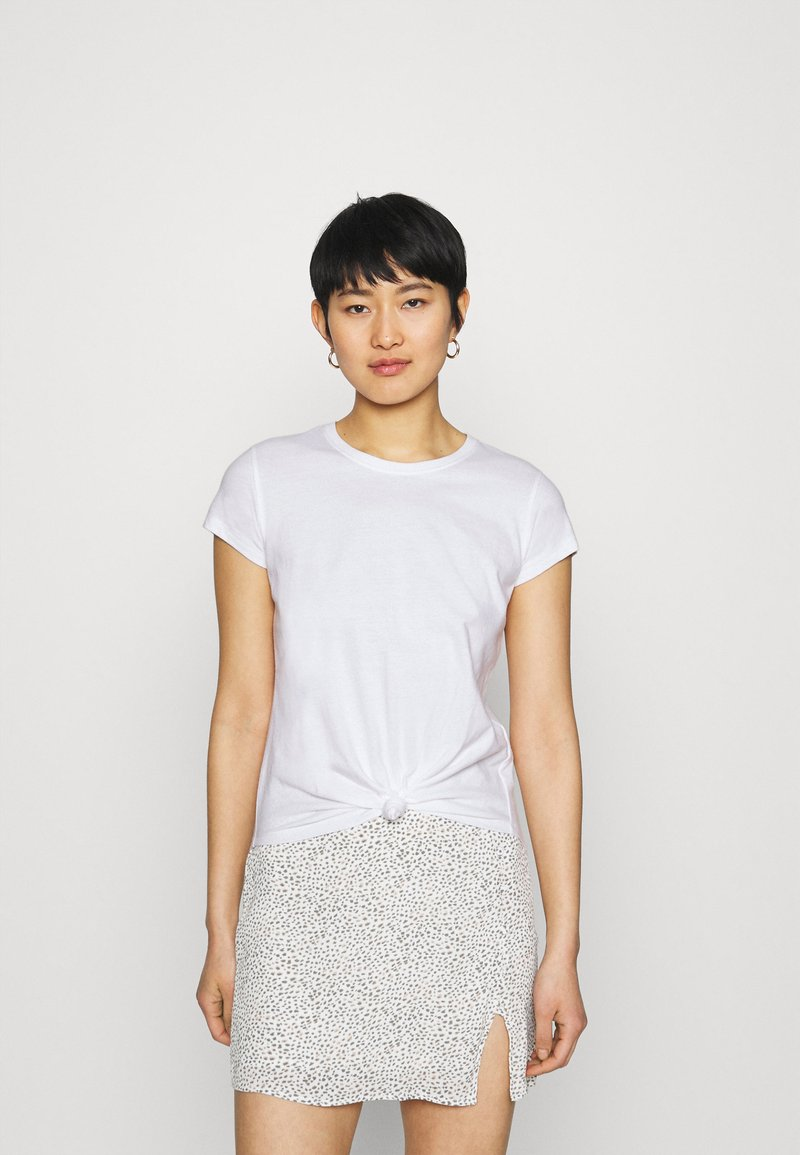 Abercrombie & Fitch - KNOTTED MIDI - Print T-shirt - white