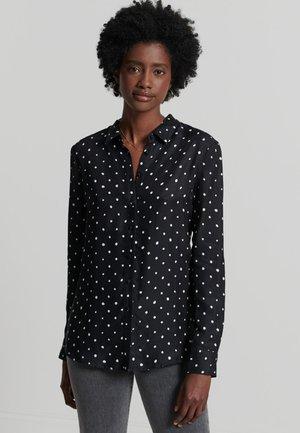 Button-down blouse - hand drawn spot