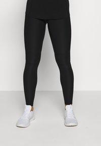 Guess - LEGGINGS - Legging - black - 0