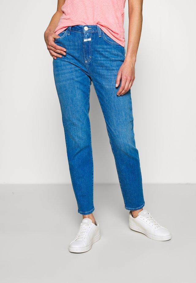BAKER HIGH HIGH WAIST CROPPED LENGTH - Džíny Slim Fit - mid blue