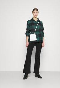 American Eagle - BABYDOLL PLAID - Button-down blouse - green - 1