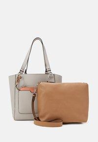 PARFOIS - BAG - Handbag - ecru - 2