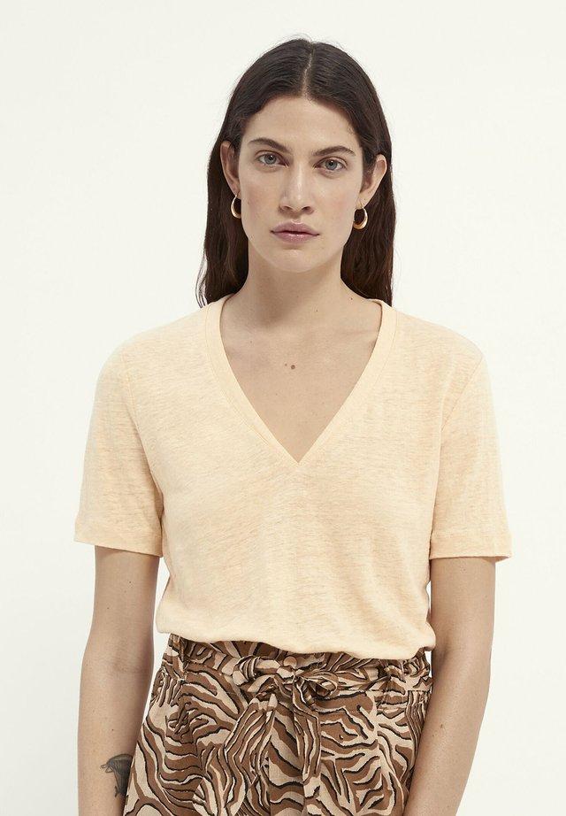 T-shirt imprimé - deep peach
