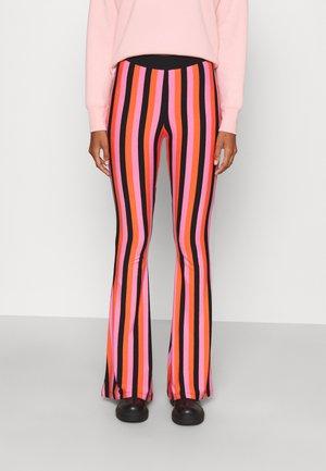 BINDI FLARED LEGGINGS - Kalhoty - lolly