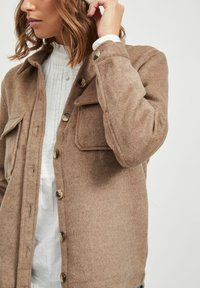 Object - OBJVERA - Summer jacket - fossil - 3