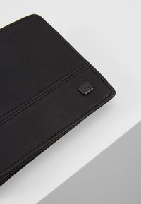 Billabong - DIMENSION - Wallet - black grain - 2