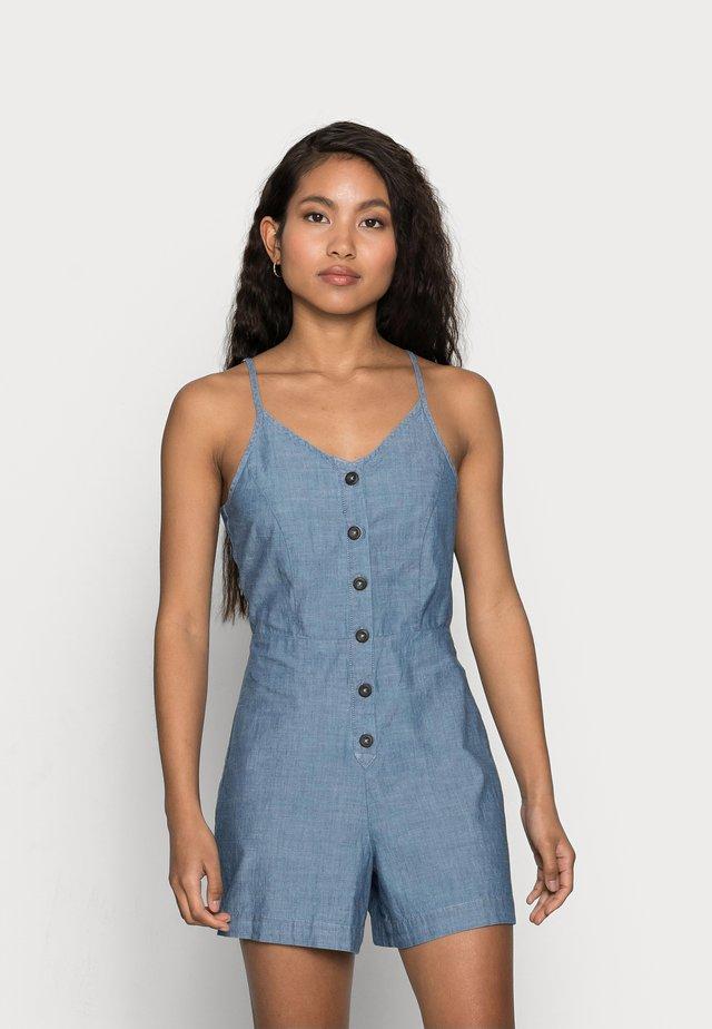 VMAKELA  CHAM STRAP PLAYSUIT - Jumpsuit - medium blue denim