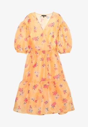 WRAP DRESS - Denní šaty - blossom orange