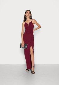 WAL G. - RAMIRA DRESS - Cocktail dress / Party dress - wine - 1