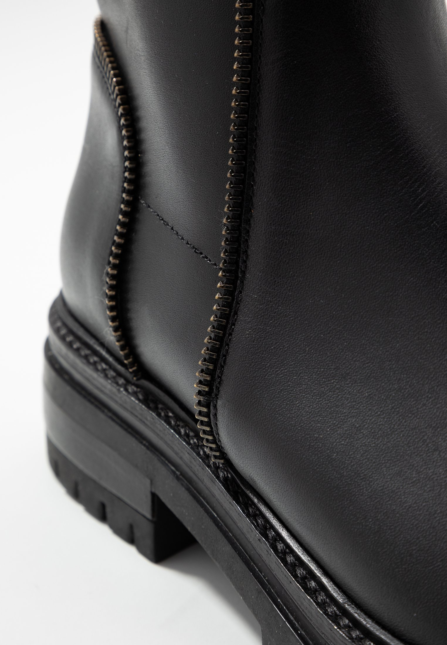 Even&Odd LEATHER BOOTIE - Platåstøvletter - black