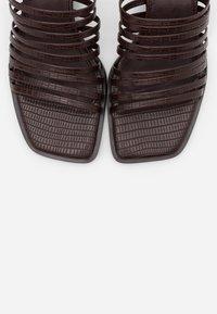 NA-KD - MULTI STRAPPY BLOCK HEEL  - Heeled mules - dark brown - 5