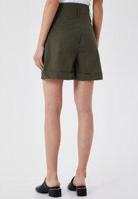 LIU JO - Shorts - green - 2