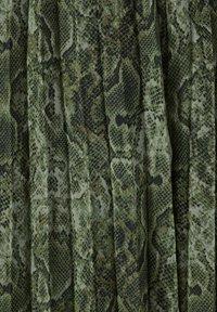 Sara Lindholm by HAPPYsize - Day dress - grün,schwarz - 4