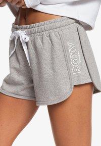 Roxy - LIVE IN SUMATRA  - Sports shorts - grey - 5