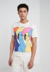 YMC You Must Create - HEADS TEE - T-shirt con stampa - ecru - 0