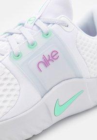 Nike Performance - RENEW IN-SEASON TR 10 - Zapatillas de entrenamiento - white/green glow/violet shock/football grey/infinite lilac - 5