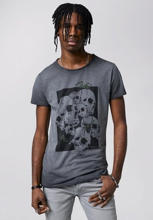 SKULLS & SPIDERS WREN - Print T-shirt - vintage black