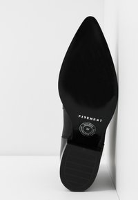 Pavement - SAGE - Bottines - black - 6