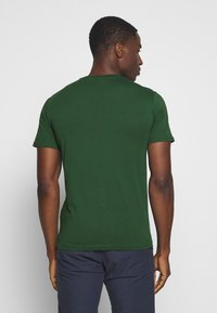Pier One - OSAKA TEE - Print T-shirt - green - 2