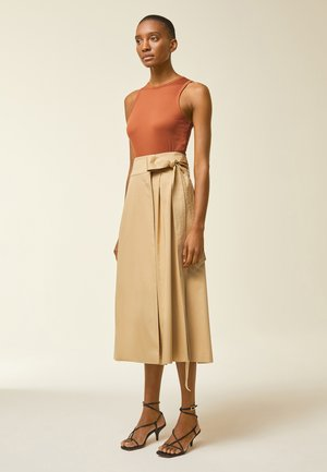A-line skirt - apple cinnamon