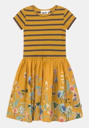 CISSA - Jerseykleid - yellow