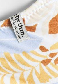 Rhythm - COSTA RICA BRALETTE  - Bikini top - white - 2