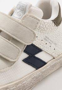 Gioseppo - Sneakers hoog - blanco - 2