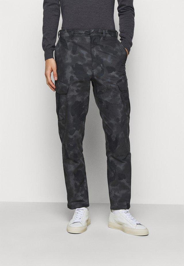 CAMO CORBIN  - Cargo trousers - grey/black
