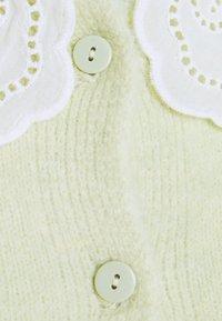 New Look - COLLAR CARDI - Cardigan - light green - 2
