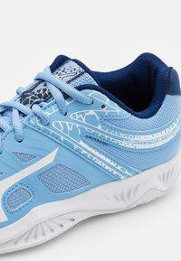 Mizuno - LIGHTNING STAR JR - Volleyballschuh - dellar blue/white - 5
