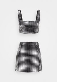 Missguided Petite - ZIP UP BACK DOGTOOTH BRALET AND SLIT FRONT MINI SKIRT  - Mini skirt - black - 0