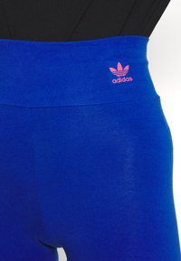 adidas Originals - LOGO TIGHTS - Leggings - team royal blue - 4