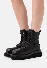 Jeffrey Campbell - DIABOL LOW  - Platform ankle boots - black - 0
