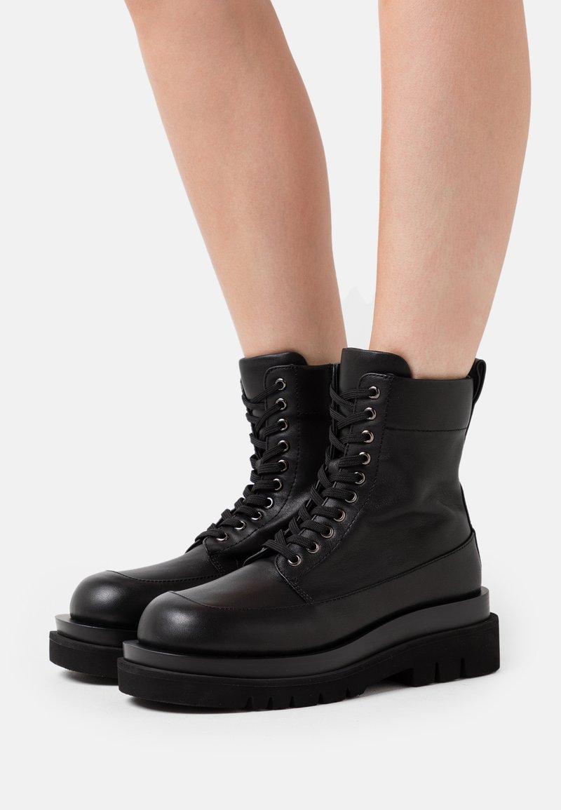 Jeffrey Campbell - DIABOL LOW  - Platform ankle boots - black
