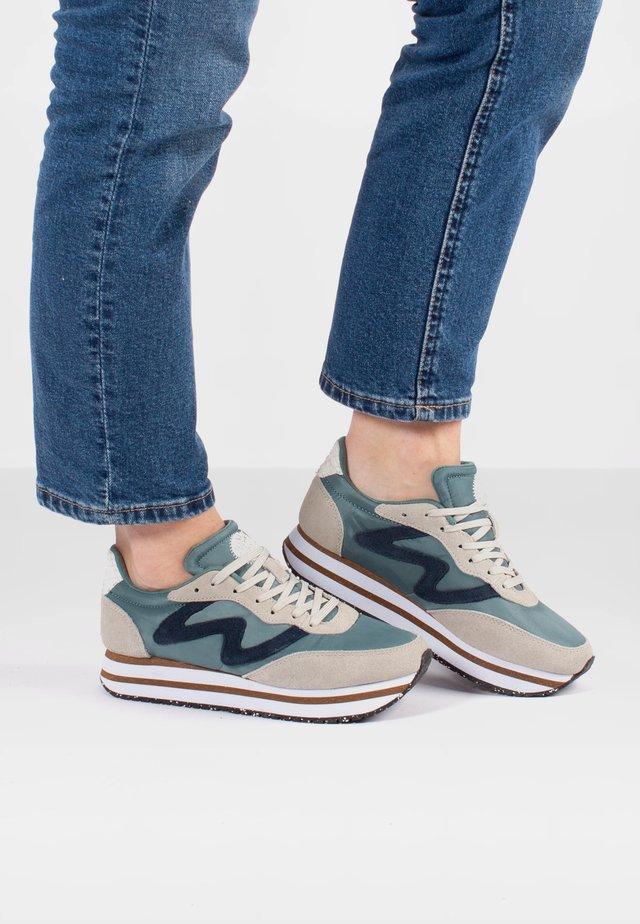 Olivia Plateau II  - Sneakers laag - blau