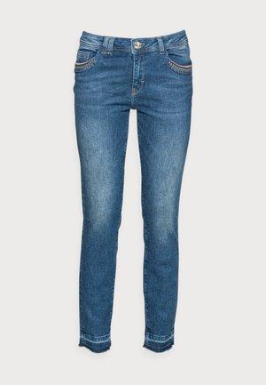 SUMNER WOOD JEANS - Jeans Slim Fit - blue