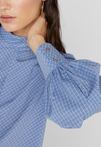 Won Hundred - MEREDITH - Bluse - classic blue check - 6