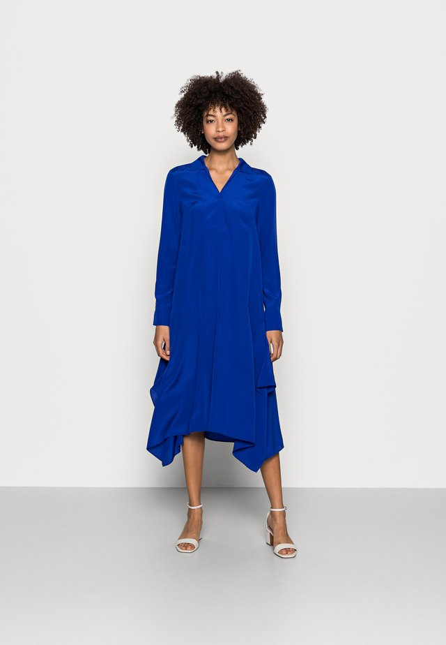 DRESS V-NECK - Vapaa-ajan mekko - dark blue