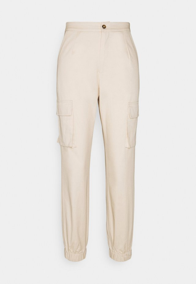 POCKET DETAIL CARGO TROUSERS - Cargo trousers - cream
