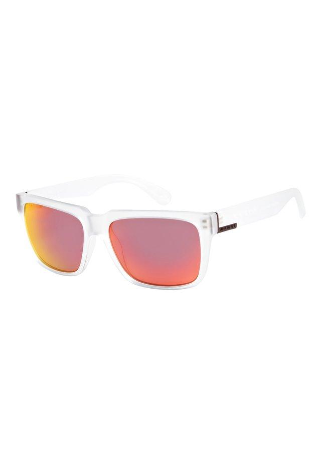 BRUISER - Sunglasses - matte crystal/ml red