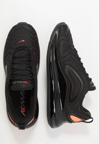 Nike Sportswear - AIR MAX 720 - Sneakers - black/hyper crimson/university red/cool grey - 1