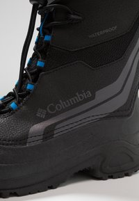 Columbia - YOUTH BUGABOOT PLUS IV OMNI-HEAT - Snowboot/Winterstiefel - black/hyper blue - 5