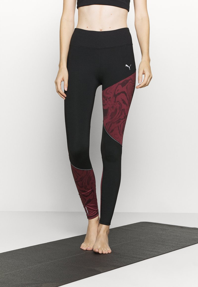 Puma - RUN GRAPHIC - Leggings - black/burgundy