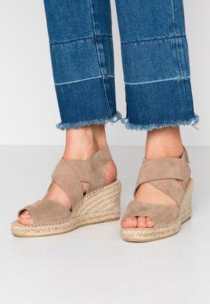 ANIA - Loafers - cortina beige