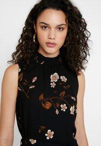 Vero Moda - VMCALLIE SMOCK DRESS - Day dress - black - 4