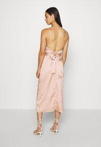 The East Order - NATASHA MIDI DRESS - Denní šaty - light pink - 2