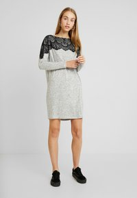Vero Moda - VMBLIMA BOATNECK DRESS - Jumper dress - light grey melange/black - 1