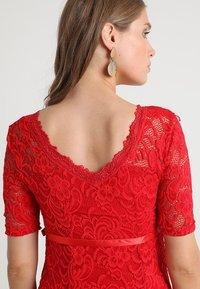 MAMALICIOUS - MLMIVANA BACK DRESS - Vestido de cóctel - chinese red - 3