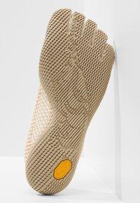 Vibram Fivefingers - Chaussures d'entraînement et de fitness - white cap - 4