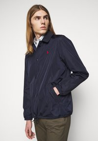 Polo Ralph Lauren - PLAINWEAVE COACHS JACKET - Summer jacket - aviator navy - 3